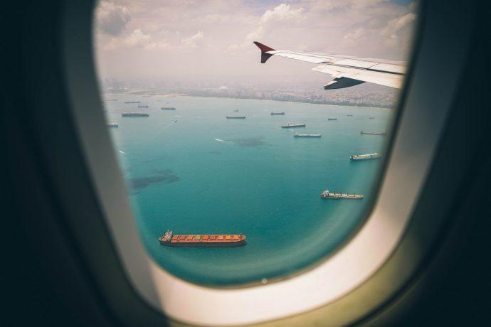 Biblot d'un avion, océan